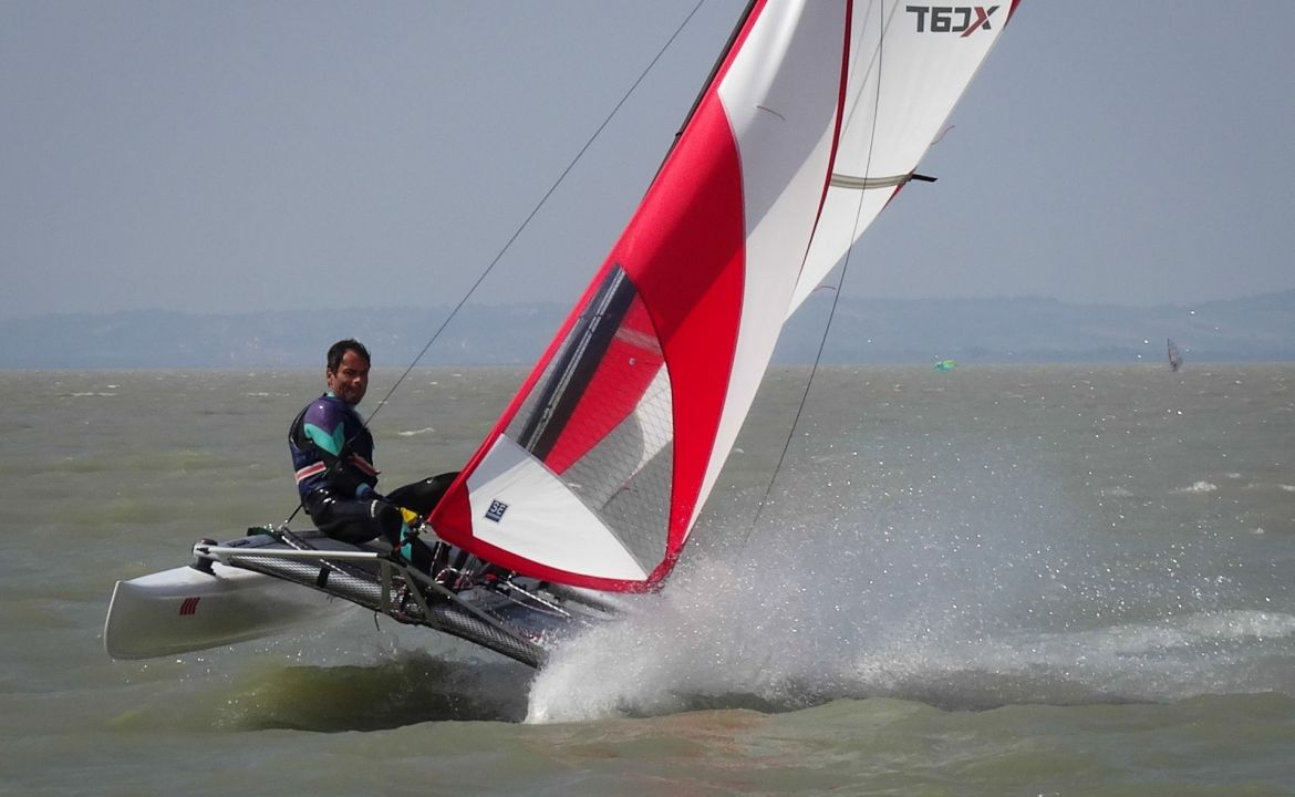 Katamaran sport  XCAT Sail | Multi Sport Catamaran, Car topable for Sailing, Rowing ...