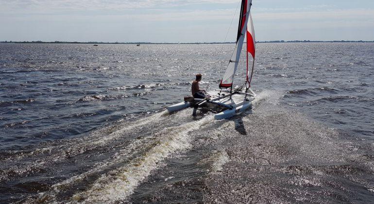 Segeln am Sneekermeer in den Niederlanden